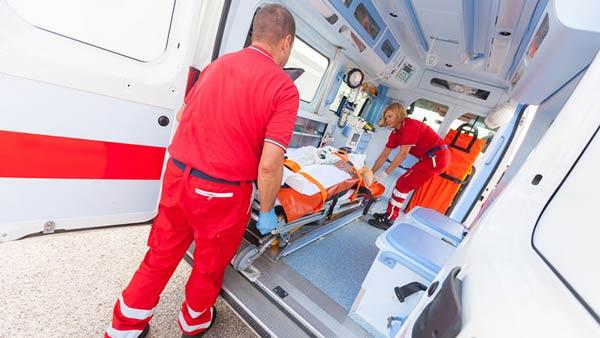 Πληρωμα ασθενοφόρου – Τραυματιοφορέας ζητείται από κλινική στην Θεσσαλονίκη (15-5-19)