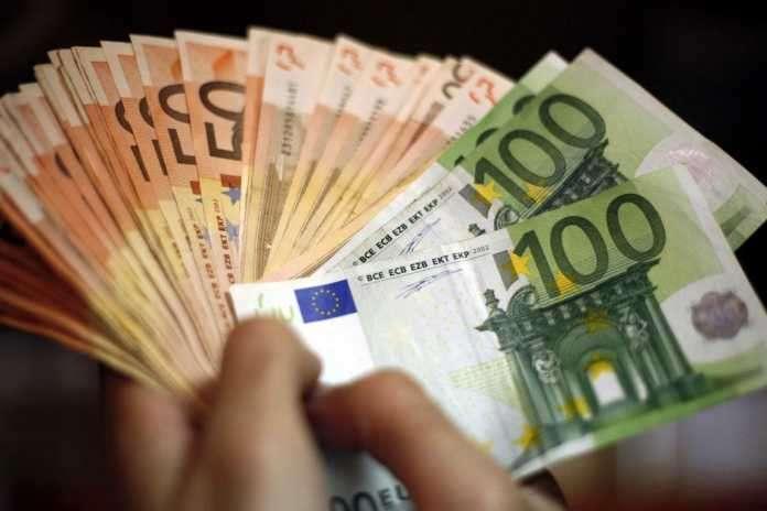 Επίδομα 1.000 ευρώ από τον ΟΠΕΚΑ. Εκατοντάδες προσλήψεις σε όλη την Ελλάδα (30-5)