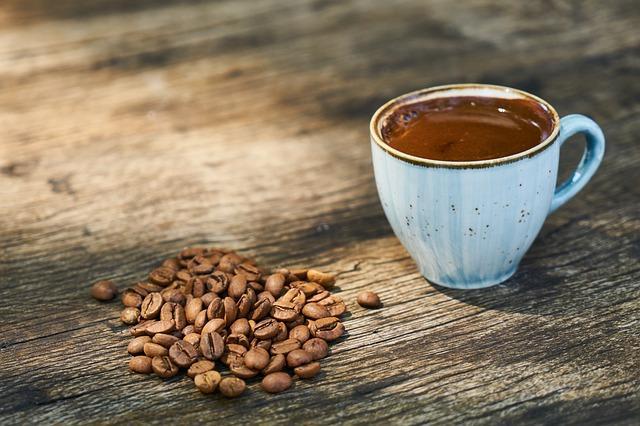 Ένα φλιτζάνι καφέ κάθε πρωί σας προστατεύει από την άνοια!